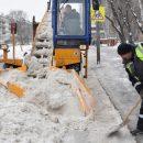 За прошедшие сутки с улиц Казани вывезли более 4 тонн снега