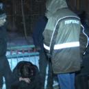 В Казани в одном из дворов жестоко забили палками троих парней