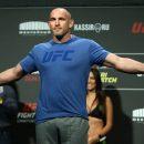 Олейник подерется с бывшим чемпионом UFC