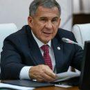 Минниханов поручил обеспечить планшетами нуждающихся выпускников школ в Татарстане
