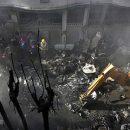 Пилоты разбившегося в Пакистане самолета пытались посадить лайнер на брюхо