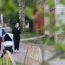 Россиянам перечислили угрозы выхода на улицу в жару во время эпидемии