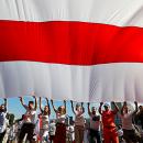 Белорусские ветераны призвали запретить бело-красно-белый флаг