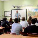 У учителей старших классов выше риск заразиться коронавирусом