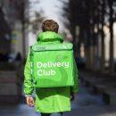 Компания Delivery Club откупилась от девушки, которой домогался курьер, купоном на 200 рублей