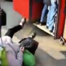 В Казани пожилая пассажирка выпала из переполненного автобуса