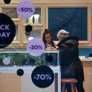 Россиянам назвали оптимальный период для выгодных покупок