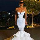 Невесту подняли на смех за лишающее шанса двигаться платье