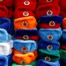 Украинца захотели посадить в тюрьму за шапку-ушанку с советской символикой