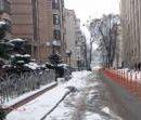 Одну из центральных улиц Киева защитили от незаконной парковки