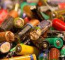 В Киеве установят сотни контейнеров для сбора батареек