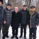 «Не видно печали на лицах»: жители раскритиковали фото с похорон лидера одной из ОПГ в Татарстане