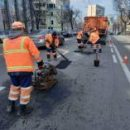 Коммунальщики рассказали, какие дороги ремонтируют сейчас в Киеве