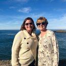 Женщина встретила сводную сестру после 29 лет разлуки благодаря газетной статье