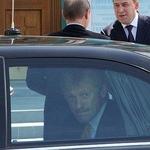 Служебная машина пресс-секретаря Путина Дмитрия Пескова попала в аварию