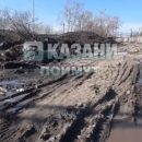 «Вся эта грязь пойдет в Волгу!»: жители Казани пожаловались на грязный снег на пляже Локомотив