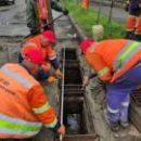В КГГА сообщили, где ремонтируют стоки, бордюры на дорогах (фото)