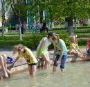 Киевлянам напомнили о правилах пребывания у фонтанов