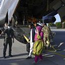 «Угнанный» украинский самолет выкупили богатые беженцы